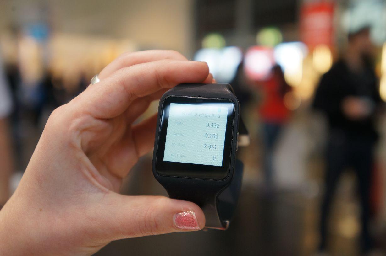 Sony Smartwatch3 SWR50 Schritte