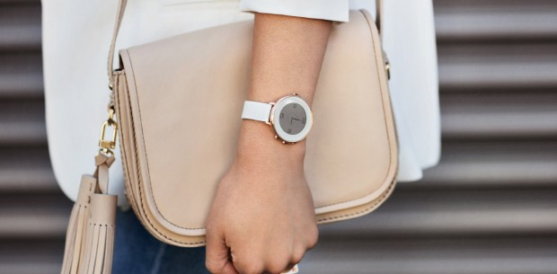 Pebble Time Round für das Damen Handgelenk (Quelle: Pebble)