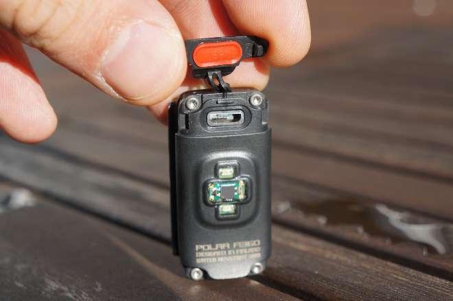 Polar A360: USB-Anschluss