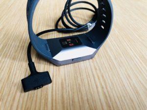 Fitbit Ionic aufladen