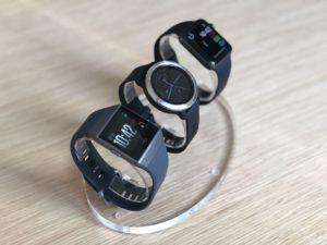 Fitbit Ionic vs Garmin Vivoactive 3 vs Apple Watch 3