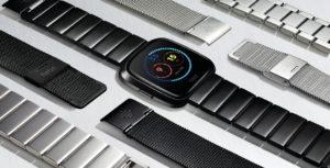 Fitbit Versa (Bild: Fitbit)