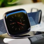 Beste Fitness-Uhr für Frauen im Test: Fitbit Versa 2
