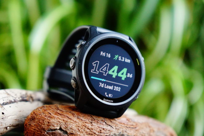 Garmin Forerunner 745: Display